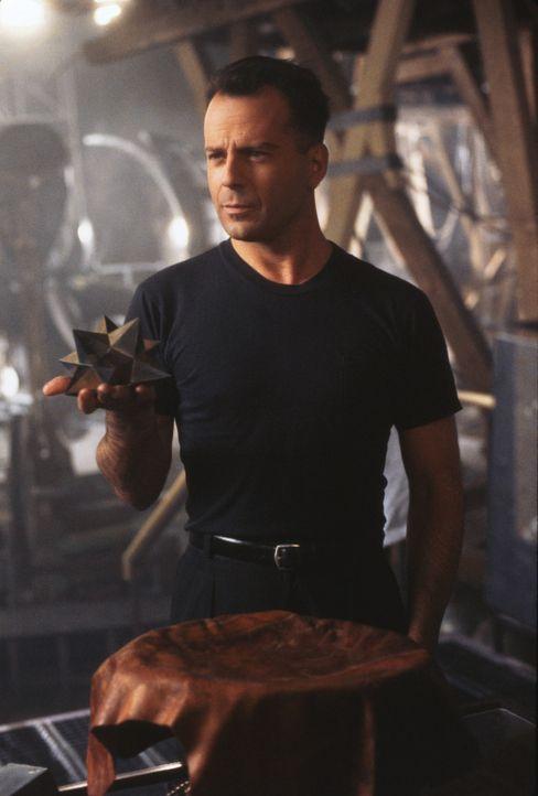Meisterdieb Hudson Hawk (Bruce Willis) soll drei seltene Kunstwerke stehlen ... - Bildquelle: Columbia TriStar
