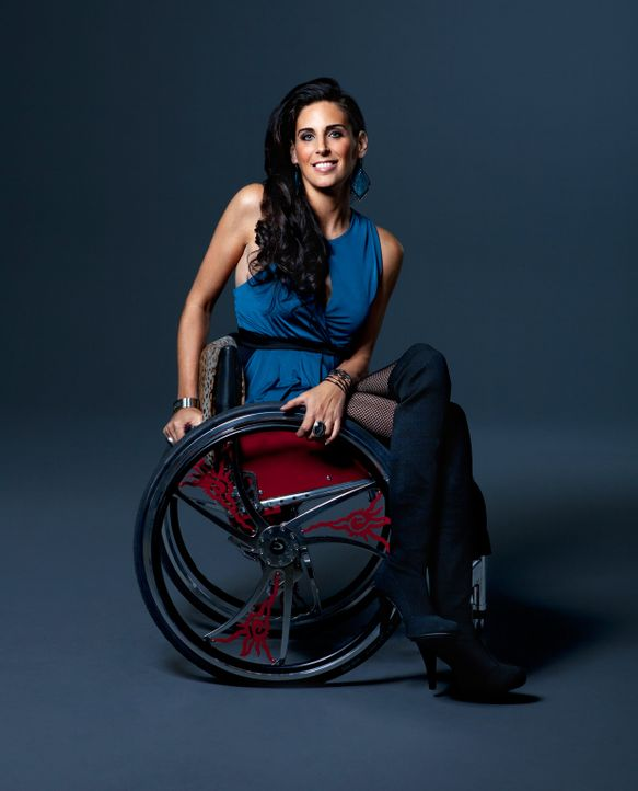 Die ehemalige Leistungsschwimmerin Mia will den Schritt wagen und zum ersten Mal nach ihrem tragischen Schicksal wieder ins Wasser steigen ... - Bildquelle: Sundance Channel