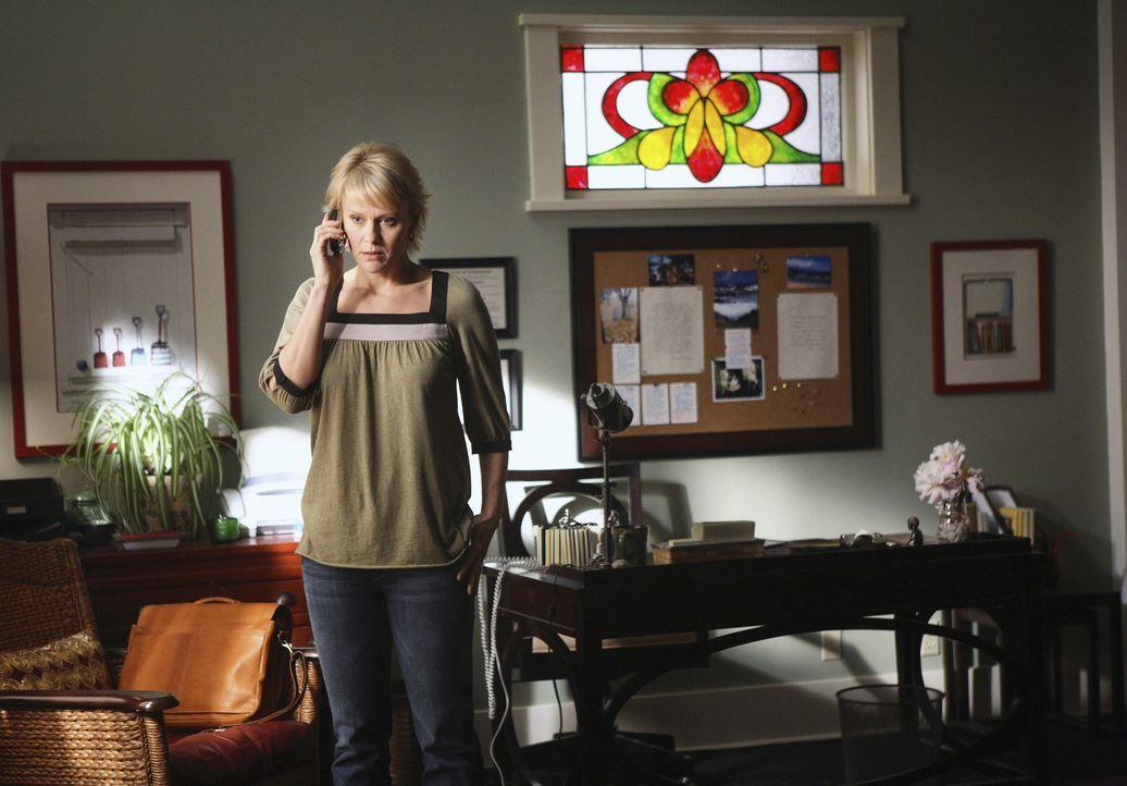 Sie macht sich große Sorgen um ihre Kinder: Nicole (Marguerite MacIntyre) sieht keinen anderen Weg, als ihnen zu verbieten, das Haus zu verlassen ... - Bildquelle: TOUCHSTONE TELEVISION
