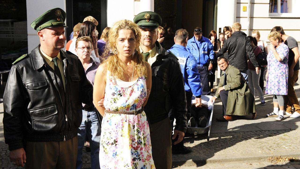 Anna-und-die-Liebe-Folge-831-01-Sat1-Claudius-Pflug - Bildquelle: SAT.1/Claudius Pflug