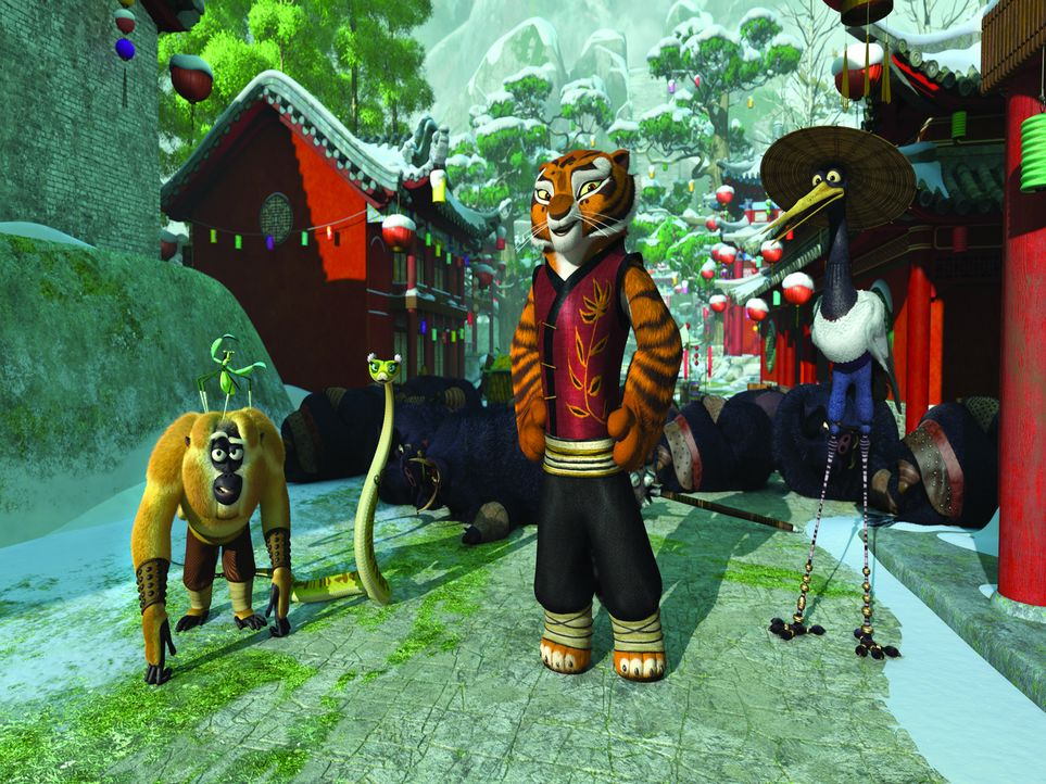 Müssen Po bei den Vorbereitungen für das Winterfest der Kung Fu-Kämpfer helfen: (v.l.n.r.) Monkey, Mantis, Viper, Tigress und Crane - Bildquelle: 2008 DREAMWORKS ANIMATION LLC. ALL RIGHTS RESERVED.