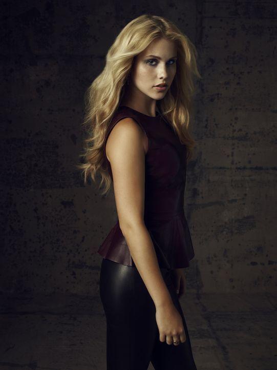Claire Holt ist Rebekah Mikaelson - Bildquelle: Warner Bros. Television