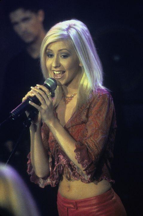 Ist Teil einer riesigen Überraschung: Christina Aguilera (Christina Aguilera) ... - Bildquelle: Paramount Pictures