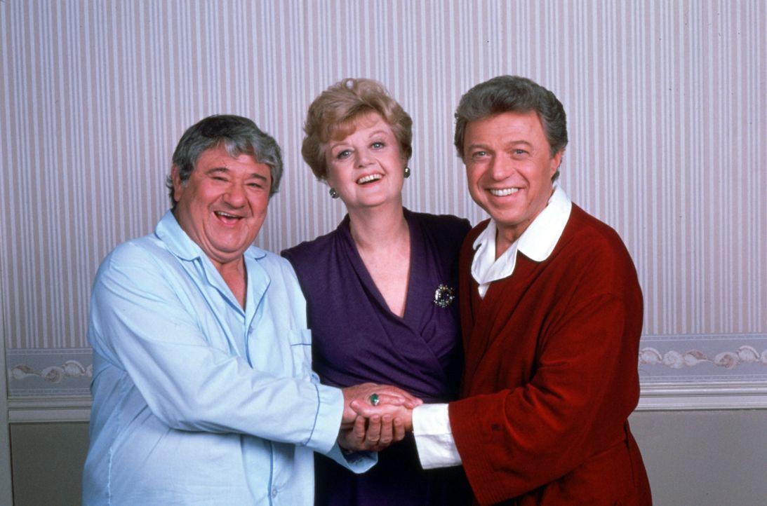 Das Komiker-Duo Murray Gruen (Buddy Hackett, l.) und Mack Howard (Steve Lawrence, r.) ist seit Jahren verfeindet. Gelingt es Jessica Fletcher (Angel... - Bildquelle: Universal Pictures