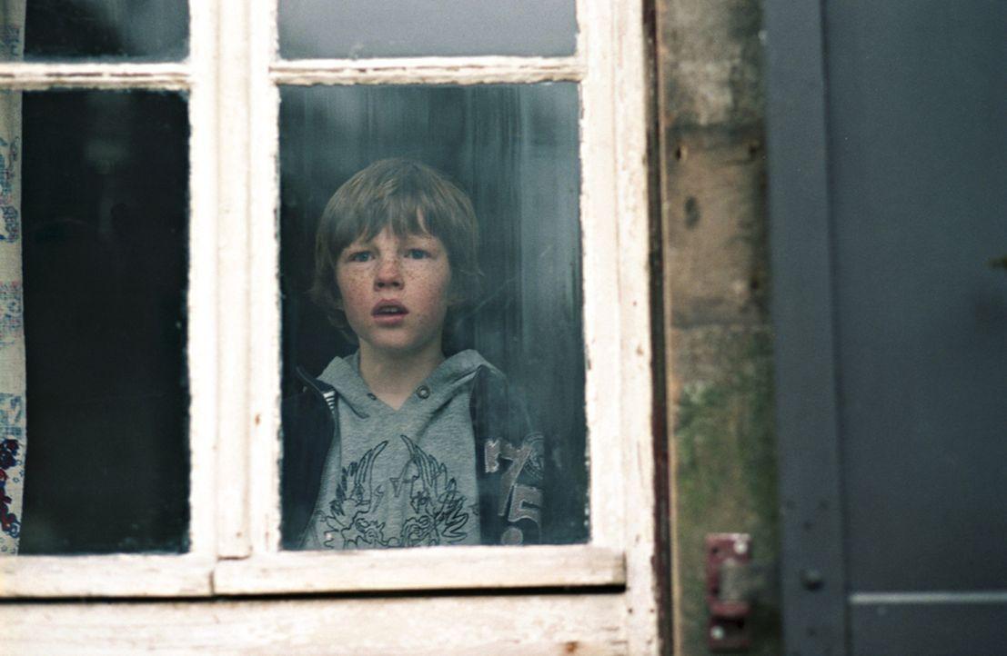 Im Visier dubioser Kräfte: Tyll (Henry Stange) ... - Bildquelle: Kinowelt