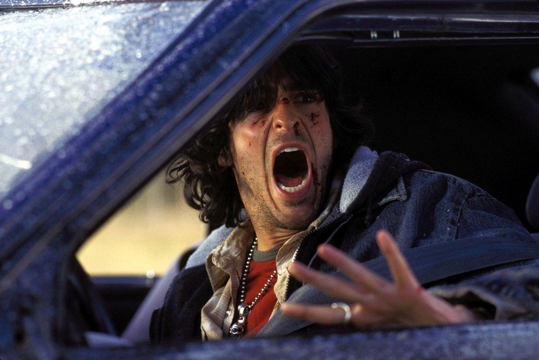 Noch ahnt Rory (Jonathan Cherry) nicht, dass er einen hohen Preis zahlen wird, dem Tod zunächst von der Schippe gesprungen zu sein … - Bildquelle: Warner Bros. Television