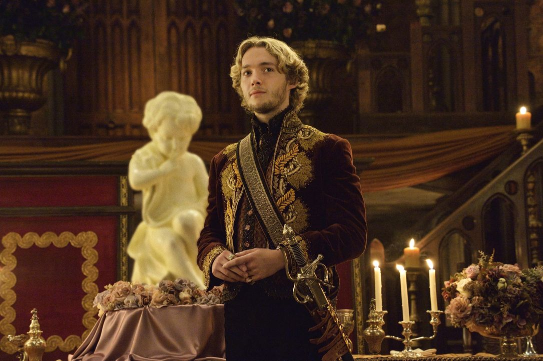 Francis (Toby Regbo) befindet sich in einer schwierigen Lage. Einerseits möchte er für sein und Lolas Kind da sein, andererseits möchte er Mary aber... - Bildquelle: Ben Mark Holzberg 2014 The CW Network, LLC. All rights reserved.