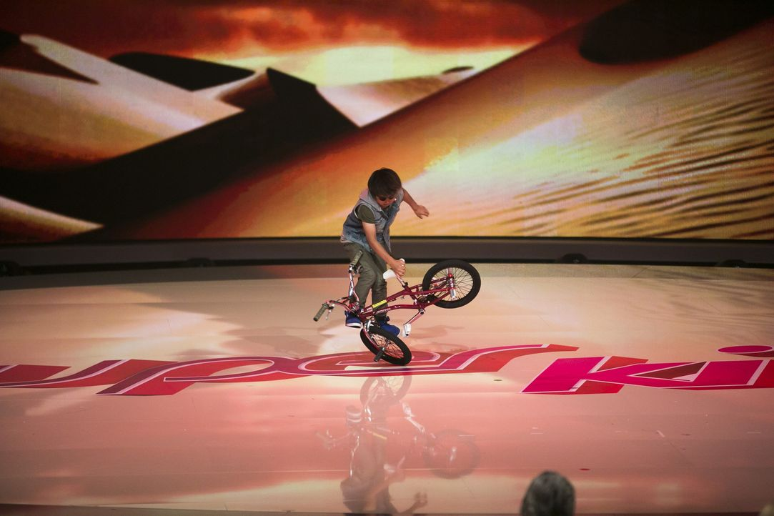 Der 10 Jahre alte Minato Sato aus Kobe, Japan, stellt sein Können beim BMX Freestyle unter Beweis ... - Bildquelle: Benedikt Müller SAT.1