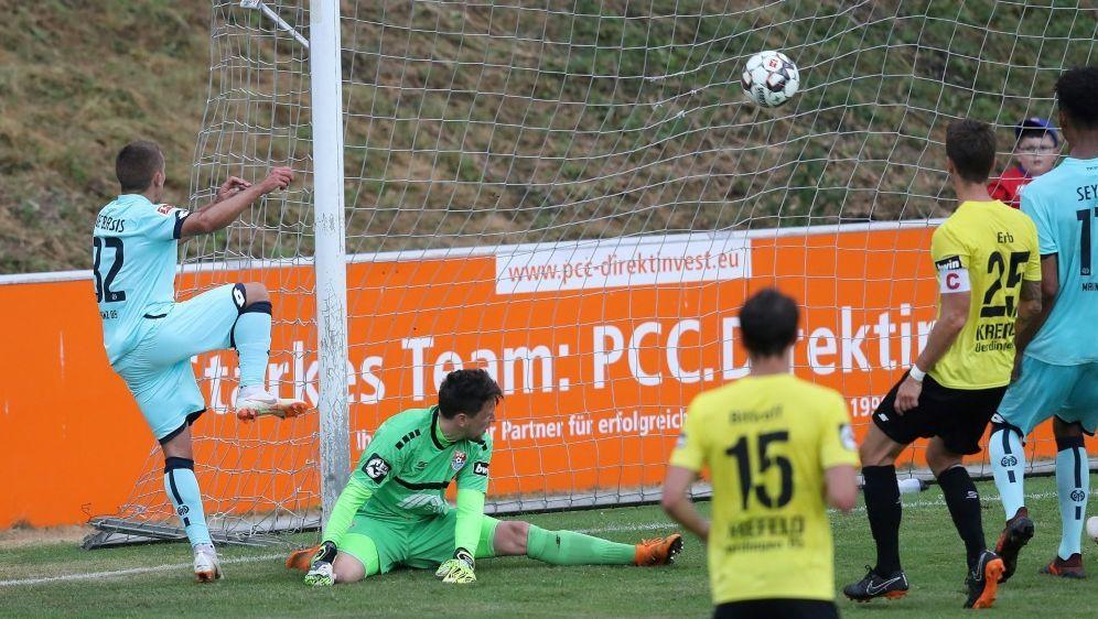 Mainz gewinnt auch gegen Uerdingen - Bildquelle: FIROFIROSID