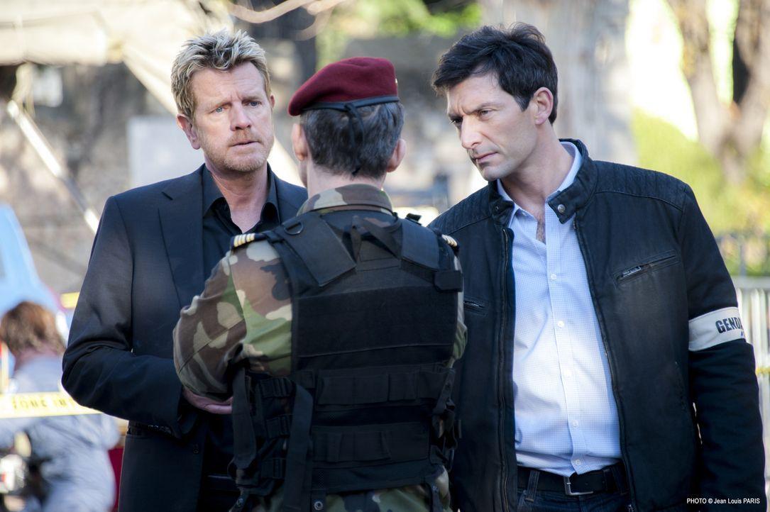 Martin (Xavier Deluc, l.) und Lucas (Franck Sémonin, r.) durchleuchten die Vergangenheit einer ermordeten Sportmedizinerin. Hat am Ende ein verschmä... - Bildquelle: Jean Louis PARIS