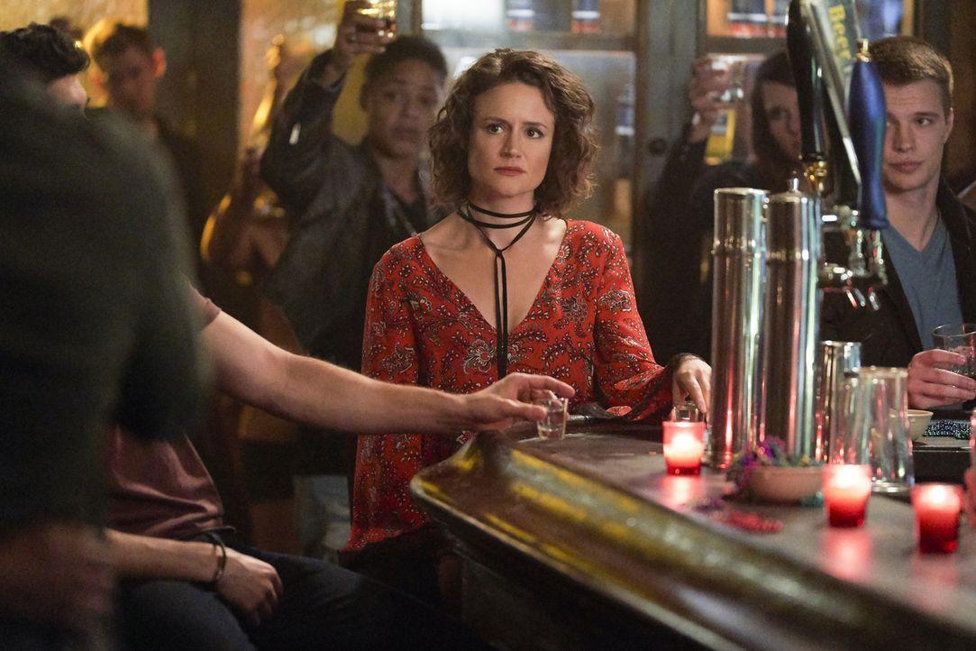 Greta (Nadine Lewington) - Bildquelle: Warner Bros.