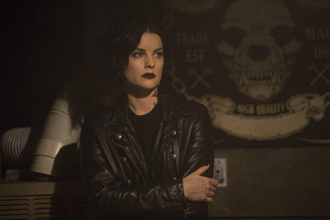 Immer auf der Jagd nach dem Bösen und ihrer eigenen Vergangenheit: Jane (Jaimie Alexander) ... - Bildquelle: Warner Brothers