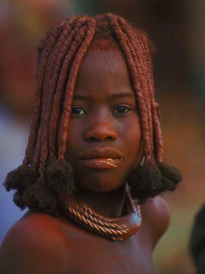 Himbamädchen mit Zöpfen - Bildquelle: Richard Gress