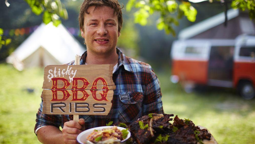 Leichte Sommerküche Jamie Oliver : Jamie cooks summer auf sixx
