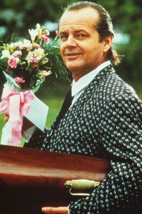Der Teufel (Jack Nicholson) persönlich kommt in das kleine Städtchen Eastwick ... - Bildquelle: Warner Bros.