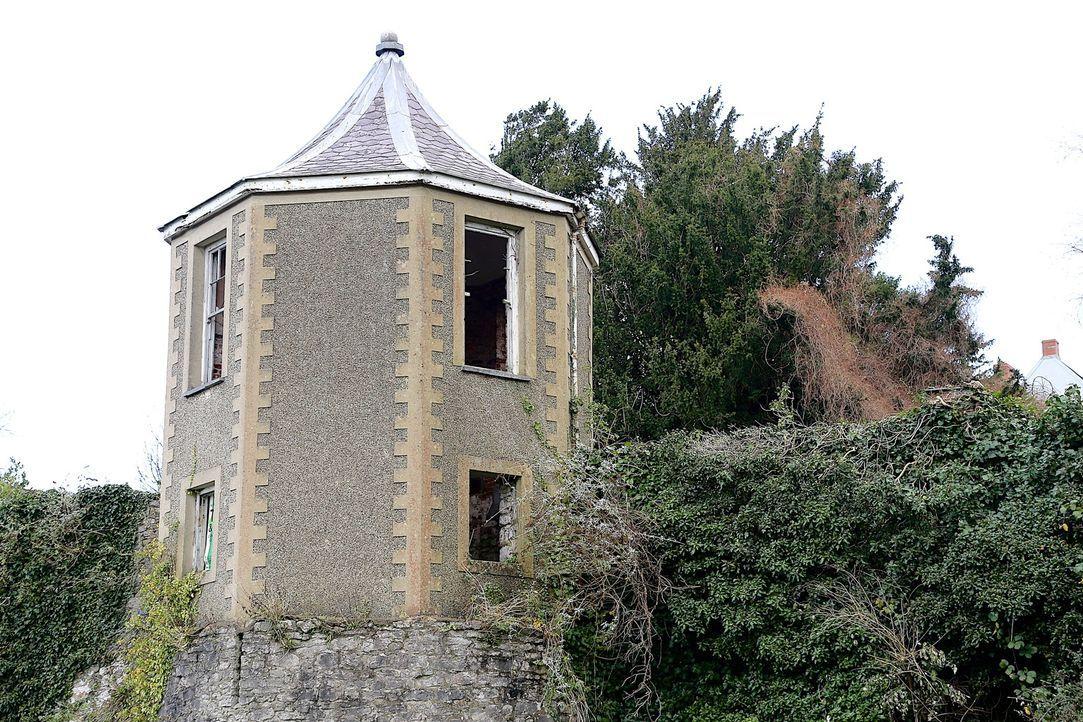 Bereits vor 30 Jahren begann der Geschäftsmann Bruce Woodall mit der Restaurierung eines georgianischen Pavillons über der mittelalterlichen Stadt P... - Bildquelle: Tiger Aspect Productions Ltd MMXIV