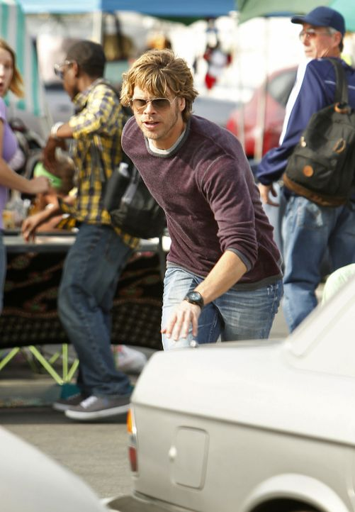 Bei den Ermittlungen in einem neuen Fall: Deeks (Eric Christian Olsen) ... - Bildquelle: CBS Studios Inc. All Rights Reserved.