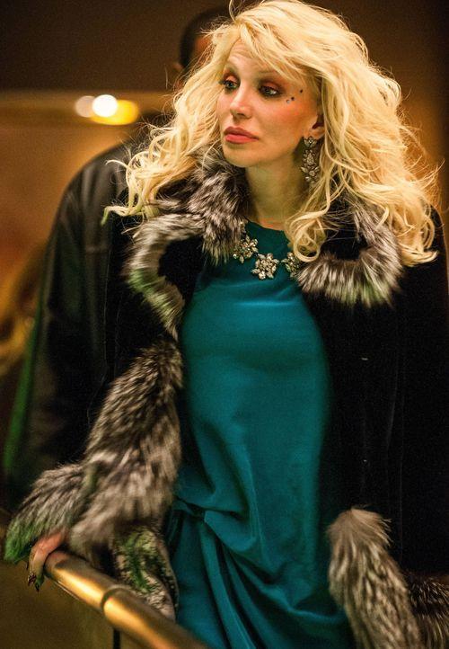 Cookie bekommt von Lucious einen vermeintlich hoffnungslosen Fall zugeteilt. Die Sängerin Elle Dallas (Courtney Love) ist legendär, leidet aber unte... - Bildquelle: 2015 Fox and its related entities.  All rights reserved.