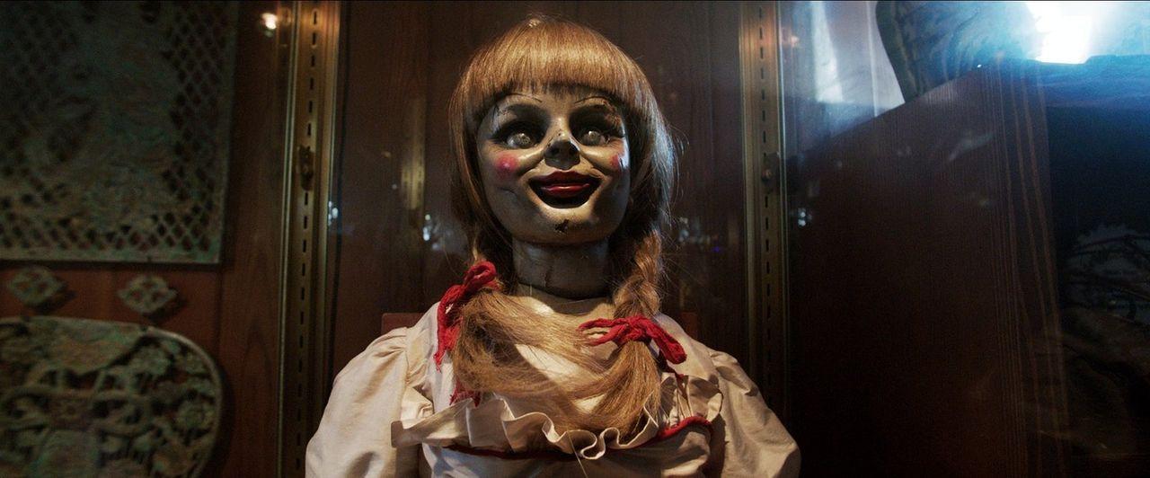 Einst brachte eine Hexe Mütter dazu, ihre Kinder zu töten. Nun irren deren Geister durch das alte Farmhaus ... - Bildquelle: Warner Brothers