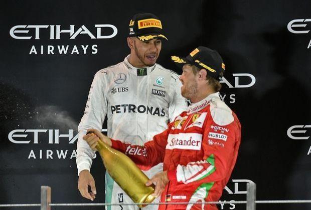 Hamilton (l.) und Vettel: bald Teamkollegen?