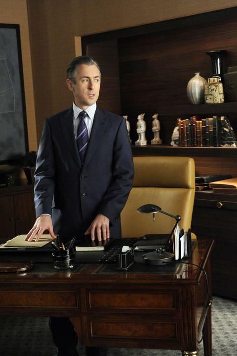 Eli Gold (Alan Cumming) will schmutzige Geheimnisse der Leute, die Peter für das Amt als Gouverneur im Wege stehen könnten, aufdecken ... - Bildquelle: 2011 CBS Broadcasting Inc. All Rights Reserved.