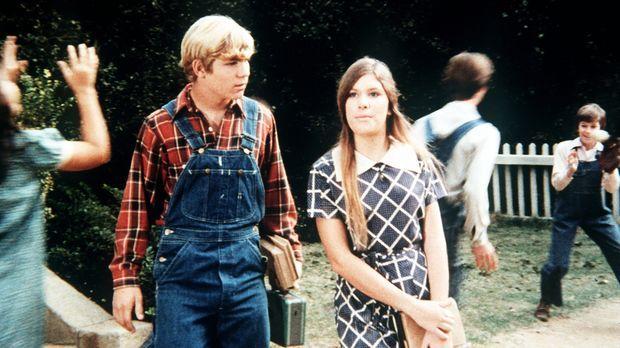 G. W. Haines (David Doremus, l.) ist schwer enttäuscht als Mary Ellen (Judy N...