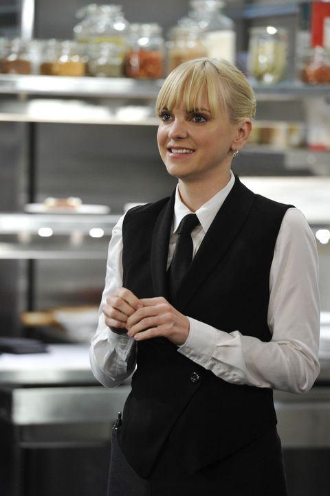 Christy (Anna Faris) hat genug von den Nachstellungen ihres Chefs Gabriel, der einfach nicht begreifen will, dass ihre Affäre beendet ist ... - Bildquelle: Warner Brothers Entertainment Inc.