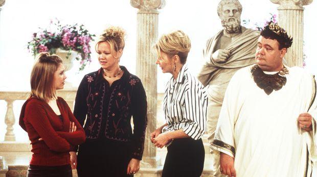 (v.l.n.r.) Sabrina (Melissa Joan Hart), Hilda (Caroline Rhea) und Zelda (Beth...