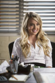 The Secret Life Of The American Teenager - Grace (Megan Park) spricht mit and...
