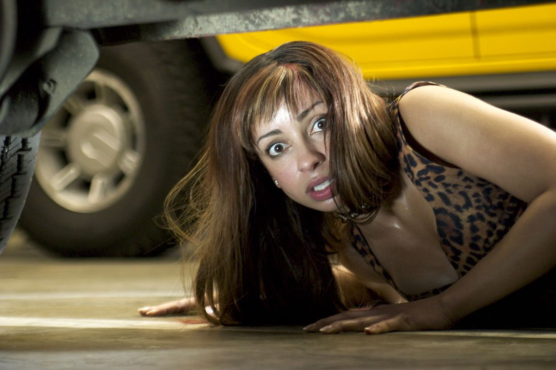 Hat eine Begegnung mit einem Werwolf: Jenny (Mya) ... - Bildquelle: Dimension Films