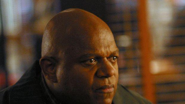 Detective Jack Malone soll für den besorgten Chet Collins (Charles S. Dutton)...