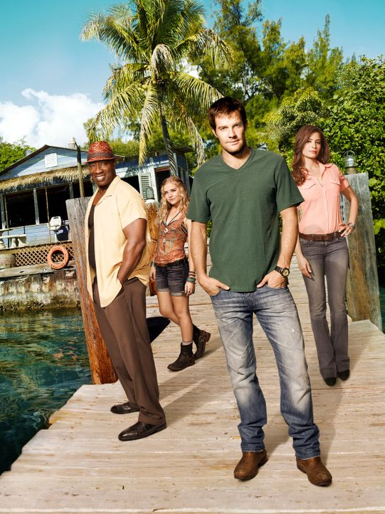 (1. Staffel) - THE FINDER mit Geoff Stults (2.v.r.)  als Walter Shermann, Mercedes Masöhn (r.) als Deputy U.S. Marshal Isabel Zambada, Michael Clark... - Bildquelle: 20th Century Fox International Television