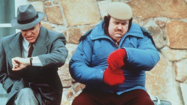Warten auf ein Ende: Neal (Steve Martin, l.) und Del (John Candy, r.) hoffen,...