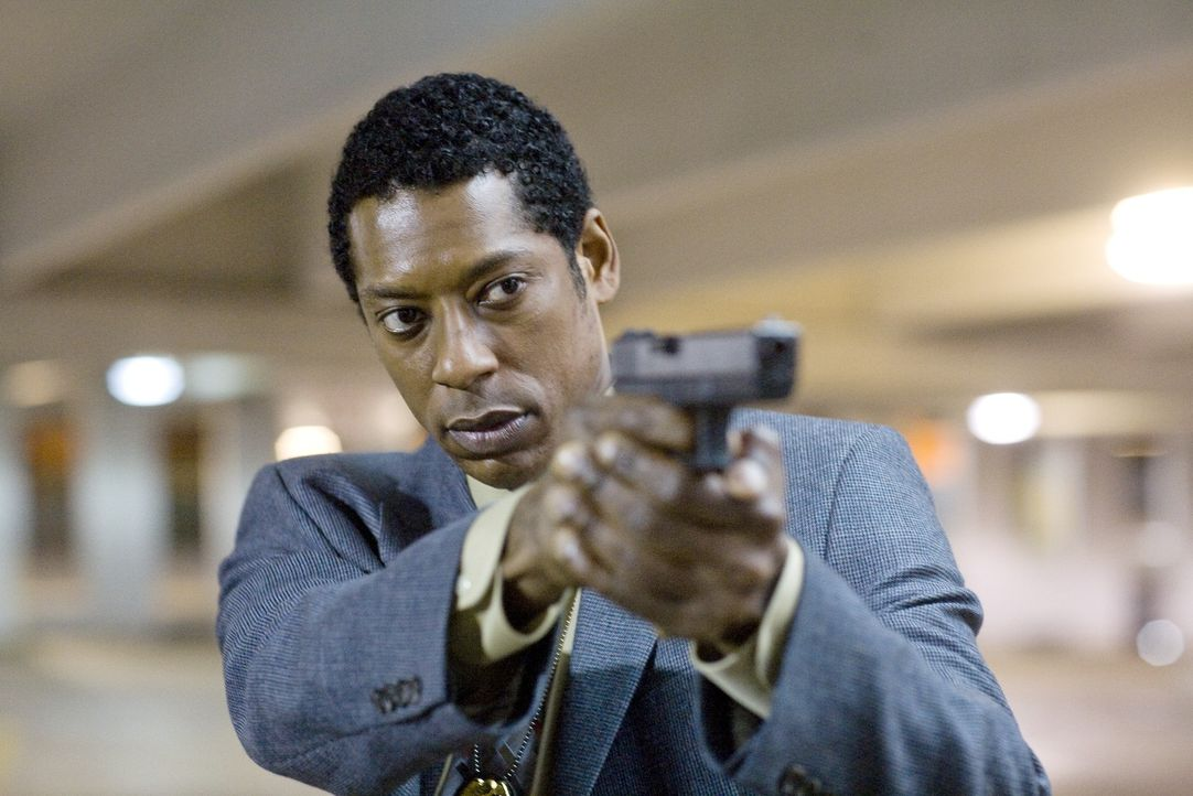 Detective Ben Nickerson (Orlando Jones) könnte den naiven TV-Reporter vor der Todesstrafe beschützen, doch selbst er hat seine Zweifel an der Unschu... - Bildquelle: Rico Torres Signature Pictures / Foresight-Unlimited BARD 2008. All rights reserved.