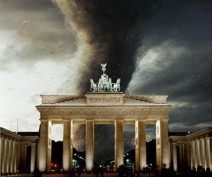 Tornado - Der Zorn des Himmels - Hitzewelle in Berlin. Während die Bevölkerun...