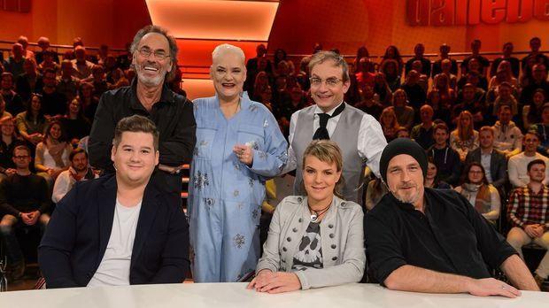 Genial Daneben - Die Comedy Arena - Genial Daneben - Die Comedy Arena - Gibt Chris Tall Kristallklare Antworten?