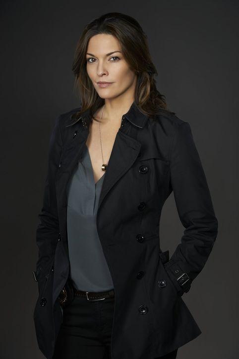 (1. Staffel) - Zusammen mit Detective Jo Martinez (Alana De La Garza ) ermittelt Gerichtsmediziner Dr. Henry Morgan auch außerhalb der Leichenhalle... - Bildquelle: Warner Brothers