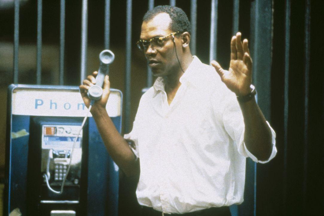 Zeus (Samuel L. Jackson) hilft McClane den Terroristen Simon zu stoppen, doch wird es ihnen gelingen? - Bildquelle: 20th Century Fox