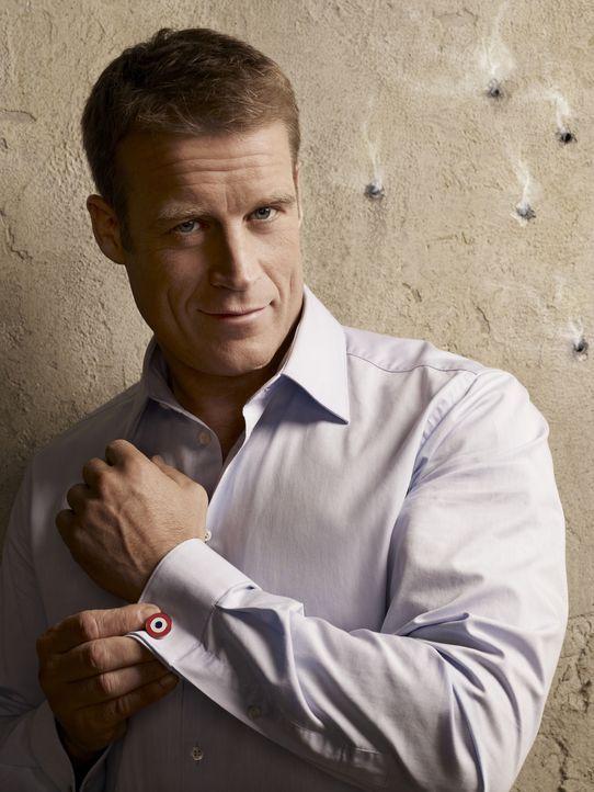 (1. Staffel) - Christopher Chance (Mark Valley) ist ein Leibwächter, der vorübergehend in die Indentität seiner Klienten schlüpft, um gefährliche Si... - Bildquelle: Warner Brothers