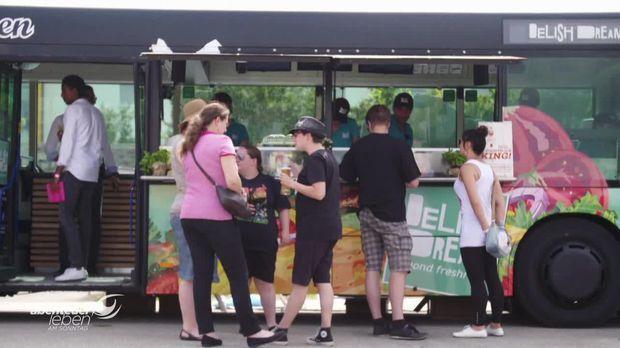 Abenteuer Leben - Abenteuer Leben Am Sonntag - Sonntag: Fast Food Statt Fahrkarten - Ein Linienbus Wird Zum Foodtruck