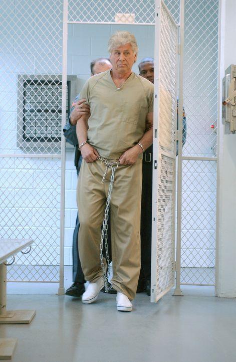Nur der Fall des bereits 1977 in Philadelphia ermordeten Mike Cahill passt in Roys (Barry Bostwick) Opferschema. Doch hat er diese Tat tatsächlich... - Bildquelle: Warner Bros. Television