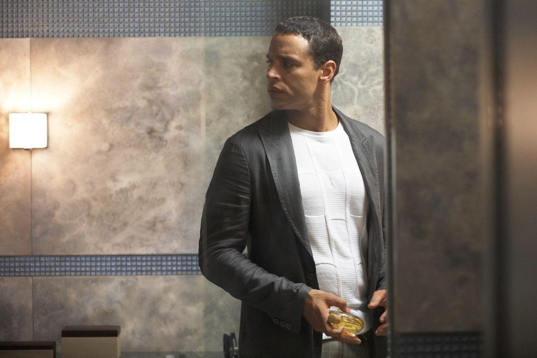 Polizei-Ermittler Win Garano (Daniel Sunjata) ist der Meinung, dass er sich viel dringender um eine Serie von Banküberfällen kümmern müsste, bei den... - Bildquelle: ONCE UPON A TIME FILMS, LTD. ALL RIGHTS RESERVED.