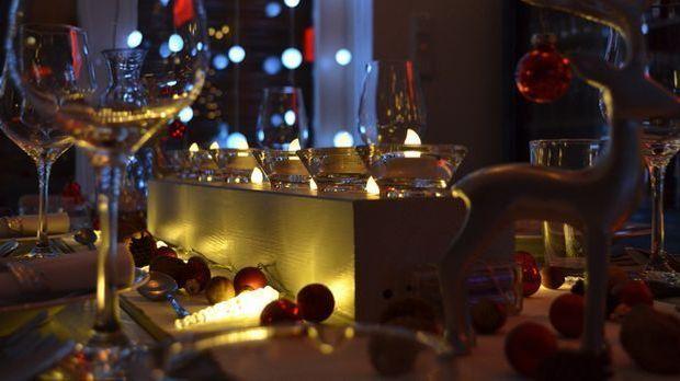 Weihnachtszeit_2015_12_04_Tisch weihnachtlich dekorieren_Schmuckbild_pixabay