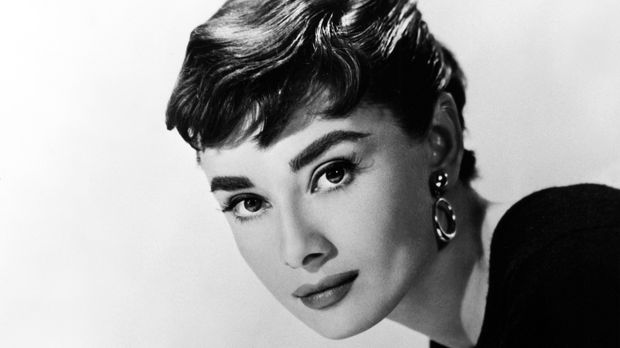 audrey hepburn biografie infos und bilder kabeleins. Black Bedroom Furniture Sets. Home Design Ideas