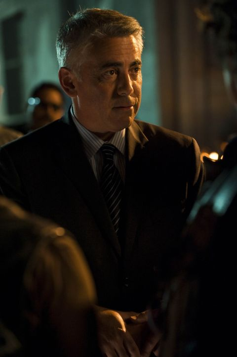 Ethan Zobelle (Adam Arkin) mimt einen anständigen Geschäftsmann, insgeheim will er aber die Sons aus Charming vertreiben, um selbst mehr Macht fü... - Bildquelle: 2009 Twentieth Century Fox Film Corporation and Bluebush Productions, LLC. All rights reserved.