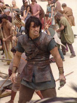 Herkules (2) - Todesmutig sieht Hercules (Paul Telfer) der Gefahr ins Auge .....