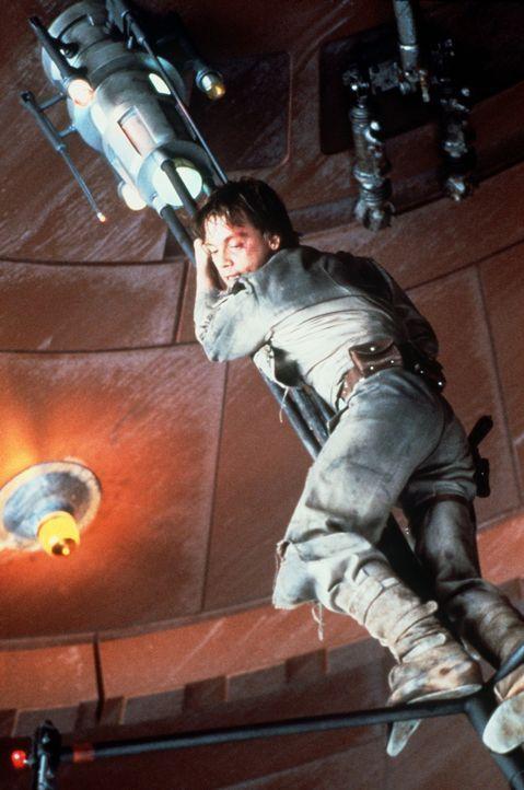 Als er seinen Freunden zur Hilfe eilt, gerät Luke Skywalker (Mark Hamill) selber in Bedrängnis ... - Bildquelle: Lucasfilm LTD. & TM. All Rights Reserved.