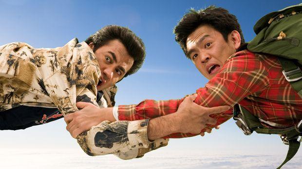 Von einer Katastrophe in die nächste: Harold (John Cho, r.) und Kumar (Kal Pe...