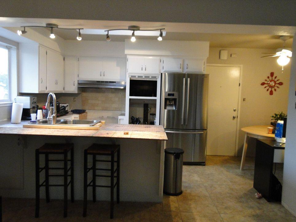 Kann Josh Temple diese Küche in eine ganz besondere Küche zum Feiern verwandeln? - Bildquelle: 2009, DIY Network/Scripps Networks, LLC
