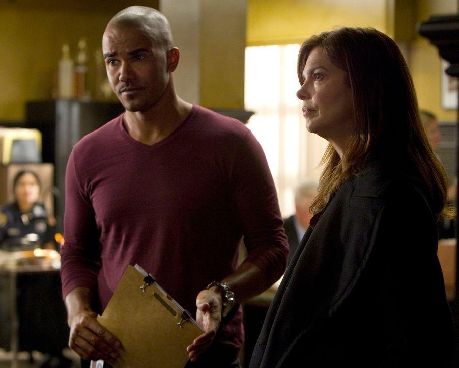 Während sich Rossi Sorgen um seinen früheren Sergeant bei den Marines macht, machen sich Alex (Jeanne Tripplehorn, r.) und Morgan (Shemar Moore, r.)... - Bildquelle: ABC Studios